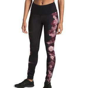 North Face Black Floral High Rise Leggings